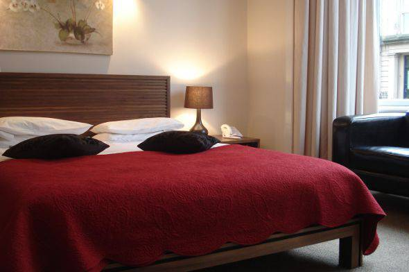 Cheap Hotels near Argyle Street, Glasgow - Bed and Breakfast